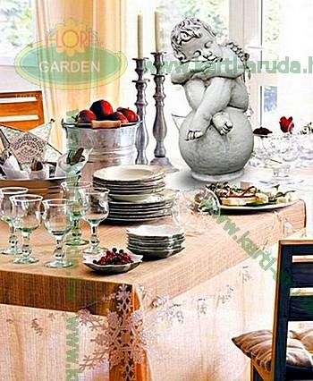 Angyalka az asztalon